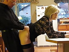 moms cuckold - sexy woman gets fucked