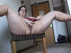 moms in pantyhose - sexy woman in heels